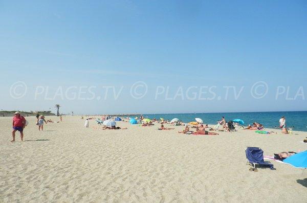 Spiaggia del Pont Tournant a St Cyprien - Francia