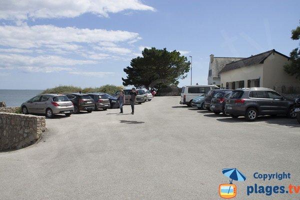 Parking of Porh Guerh beach in Gavres