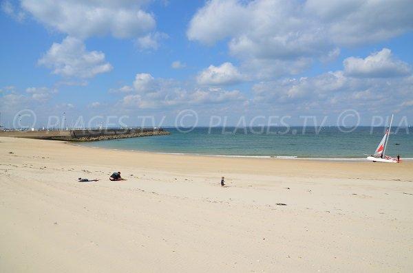 Sand beach in Quiberon near the Port of Haliguen