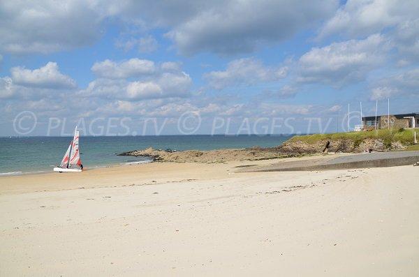 Partie droite de la plage de Porigo à Quiberon