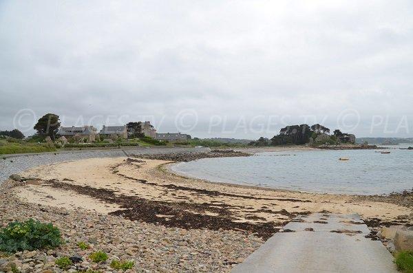 Photo de la plage de Pors Scaff à Plougrescant - Bretagne