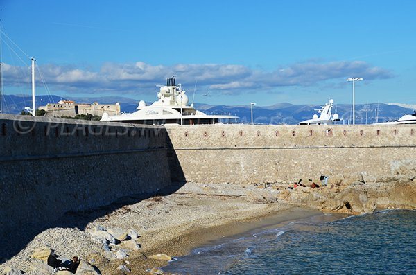 Beach in the port of Antibes
