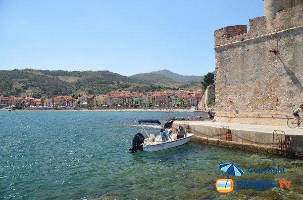 Plage de Port d'Avall avec le château de Collioure