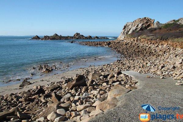 Photo de la plage de Port Blanc à Plougasnou