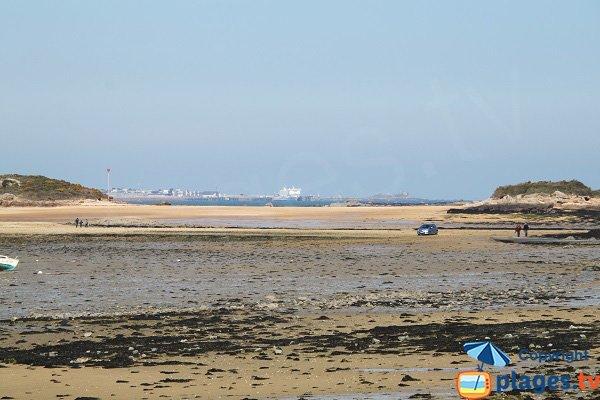 Ferries depuis le port de Carantec