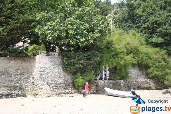 Annexes sur la plage de Port Fouquet - Belle Ile