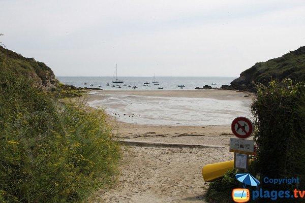 Accès à la plage de Port Guen à Belle Ile - Le Palais
