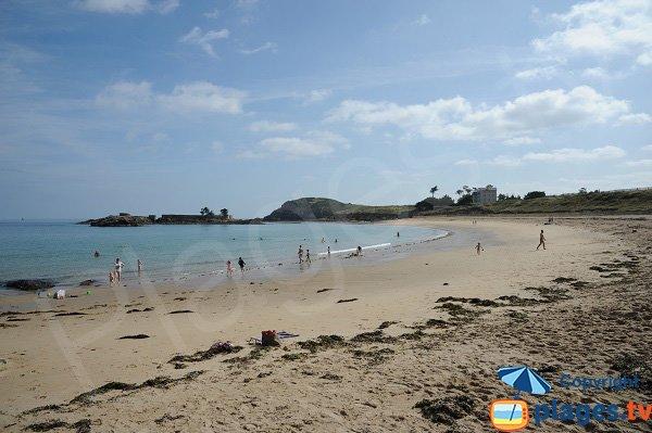 Port Hue beach in St Briacsur Mer