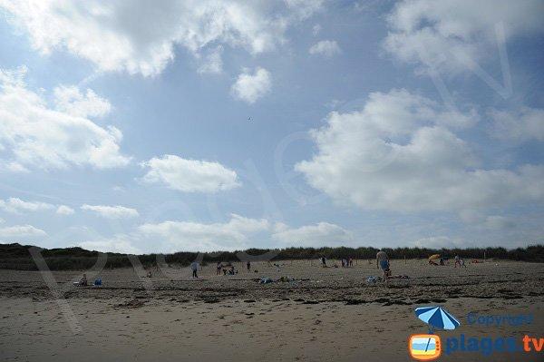 Large sand beach in St Briac sur Mer - Port Hue
