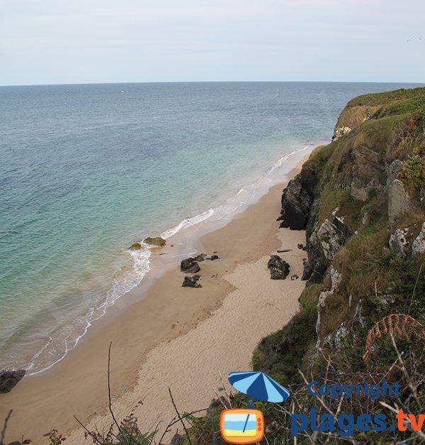 Porh Huelen beach in Belle Ile en Mer - Locmaria