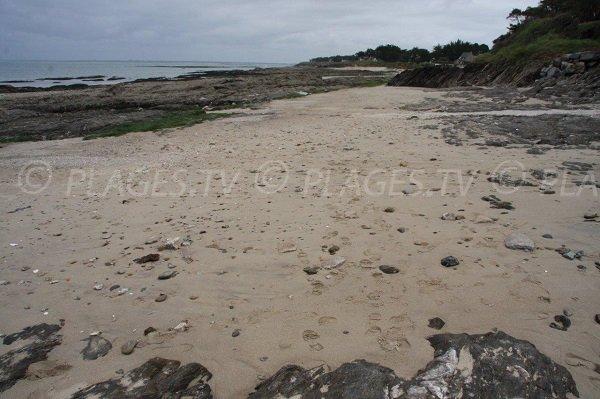 Rocks on the Port Kennet beach in Piriac sur Mer