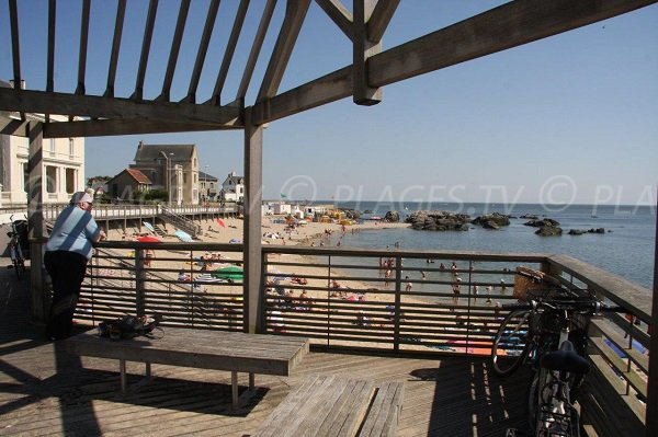 Point de vue sur la plage de Port Lin
