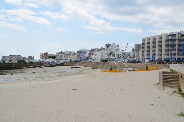 Environnement de la plage de Port Maria à Quiberon