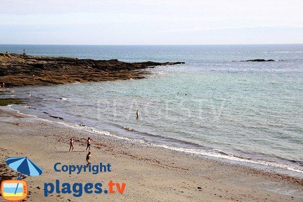 Baignade sur la plage de Port Maria à St Gildas de Rhuys