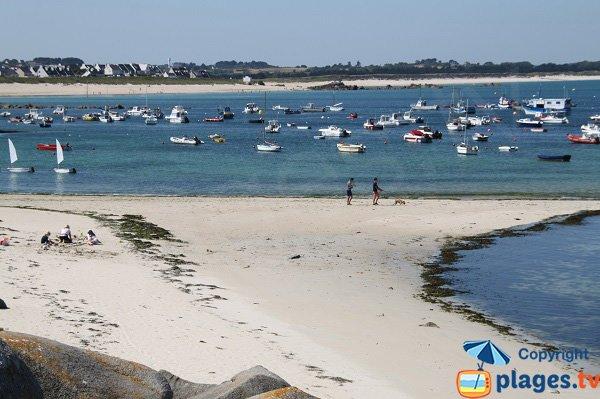 Photo de la plage du Port de Plouescat en Bretagne