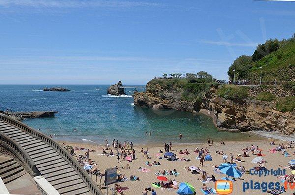Rocher de la vierge à Biarritz depuis la plage du Port Vieux