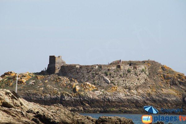 Fort du Gros Rocher en Mer de Belle Ile en Mer