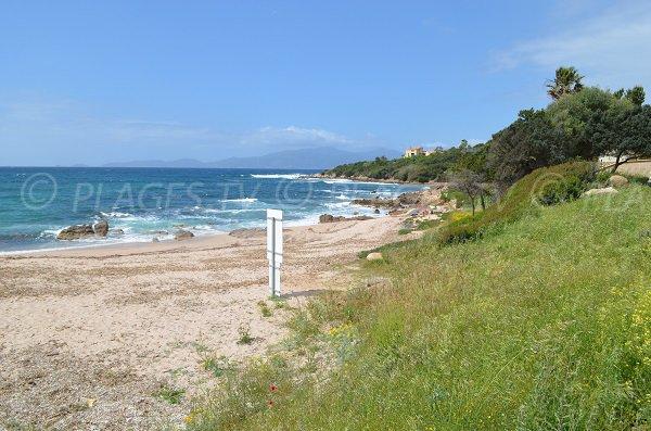 Wild beach at Coti Chiavari - Anse de Portigliolo