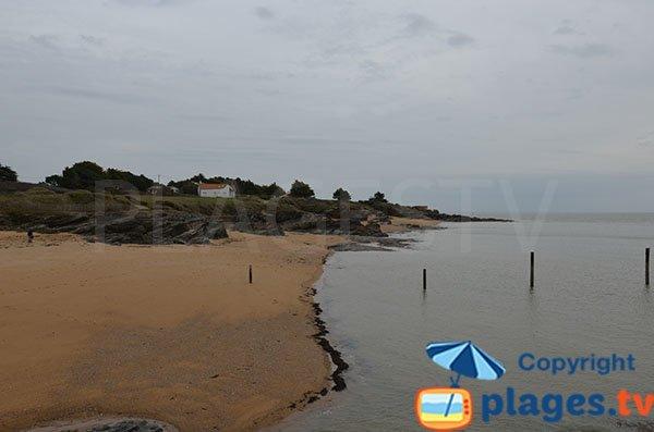 Criques à côté de la plage de Portmain à Pornic