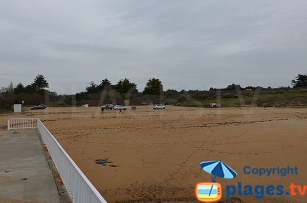 Plage de Portmain avec son parking à Pornic