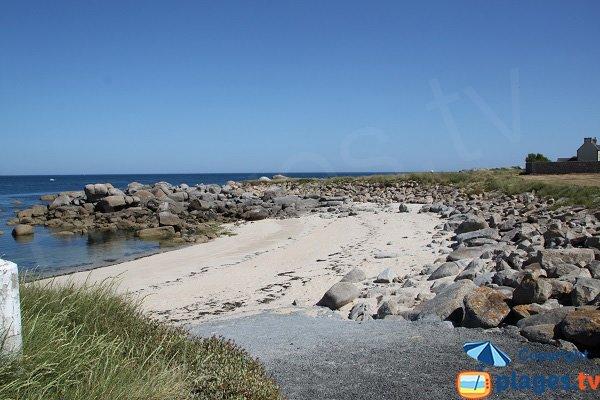 Plage sur la côte nord-finistérienne - Plouescat