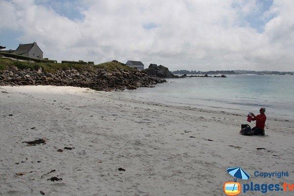 Plage de Porz Leien en Mai sur l'ile de Batz
