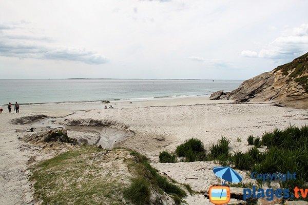 Vue sur les iles Molène depuis la plage de Porz Liogan - Le Conquet