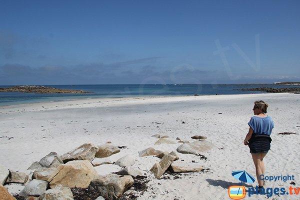 Plage de sable blanc sur l'ile de Batz