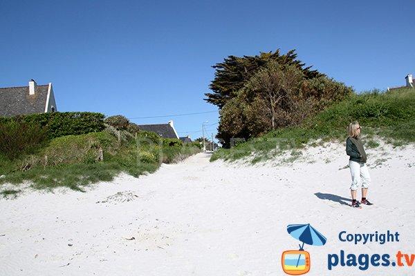 Premier accès de la plage de Porz ar Vilin Vraz à Ploudalmézeau