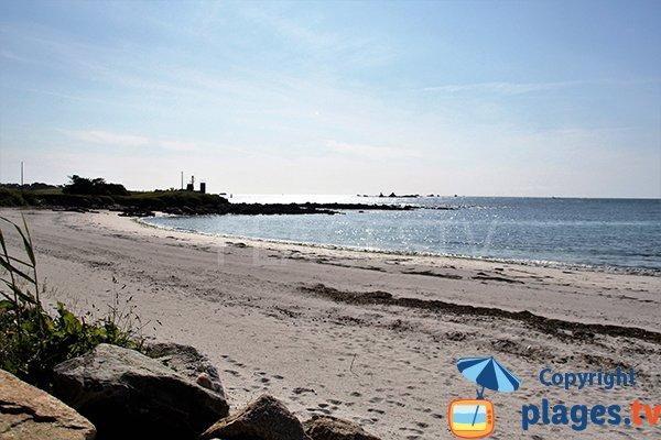 Plage tranquille à Ploudalmézeau - Porz ar Vilin Vraz