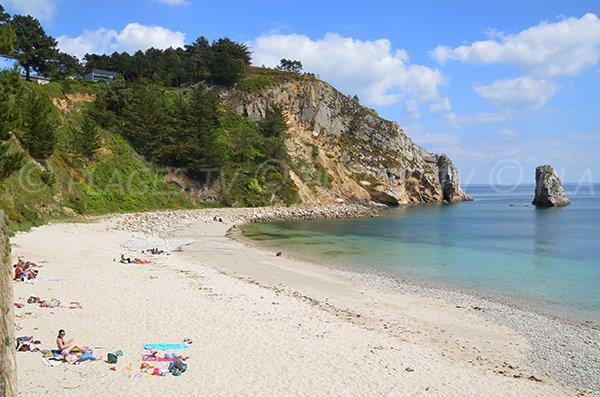 Porzic beach in Morgat cove- Tip of Grottes - Crozon