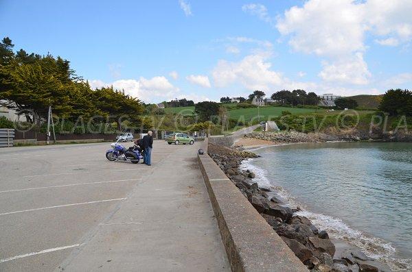 Parking de la plage de Postolonnec