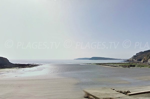 Photo de la plage de Postolonnec sur la presqu'ile de Crozon