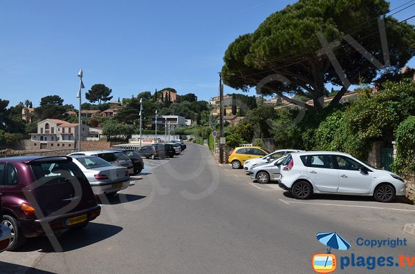 Parking de la plage du Pradon