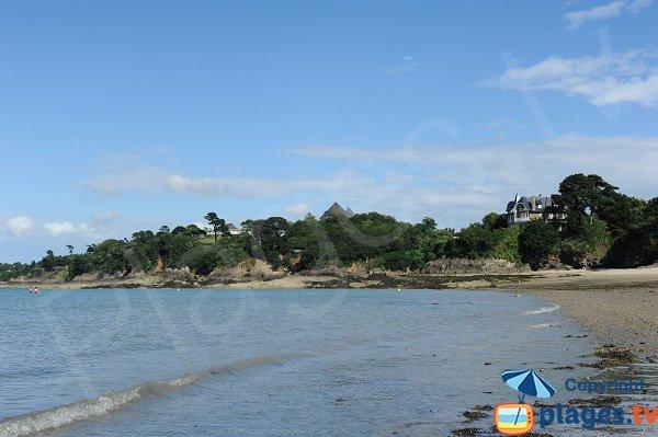 Côté Est de la plage du Prieuré de Dinard