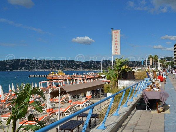 Promenade du Soleil s'étend jusqu'au ponton Courbet
