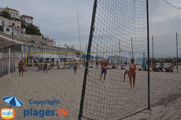 Terrain de beach volley sur la plage du Prophète - Marseille
