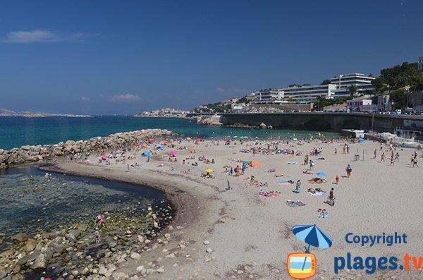 Belle plage pour les enfants à Marseille