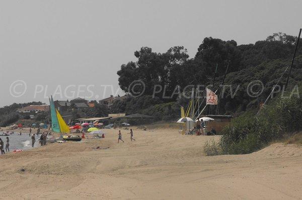 Spiaggia Prunete vista dalla spiaggia Padulone
