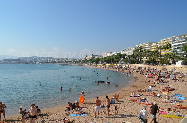 Croisette public beach in Cannes near Port of Canto