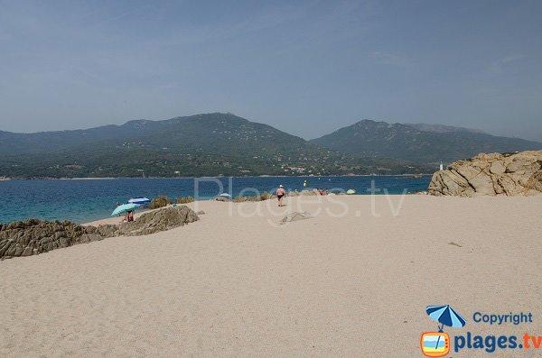 Rochers sur la plage de Propriano - Puraja