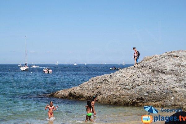 Rochers autour de la plage du Ramonet à Le Palais - Belle Ile en Mer