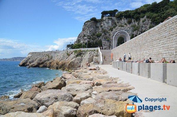 Rauba Capeu beach overlooking Nice Hill - France