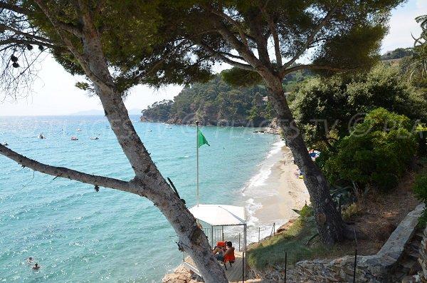 Postazione di salvataggio - spiaggia Rayol