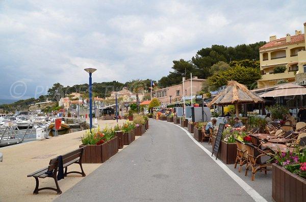Port de la Madrague à St Cyr sur Mer