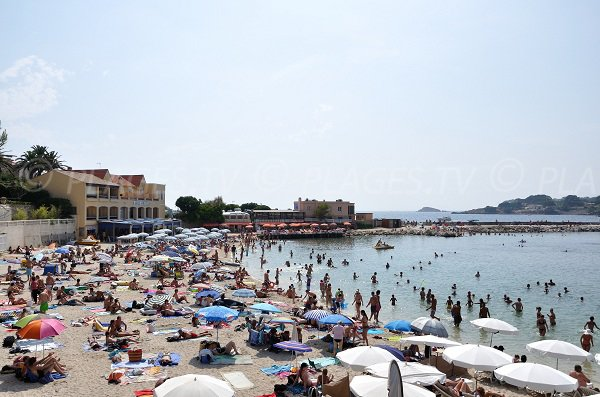 Renecros beach in summer in Bandol