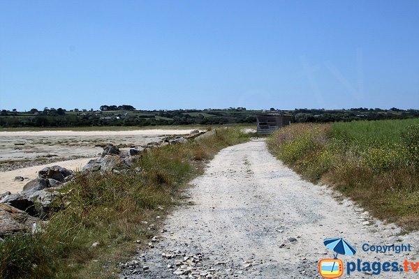 Stationnement de la plage de Reor ar Mor - Plounéour-Trez