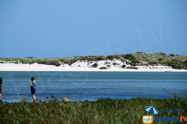 Plage naturiste dans les dunes de Keremma