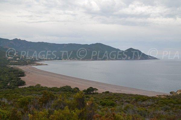 Photo de la plage de Ricciniccia à Galéria - Corse