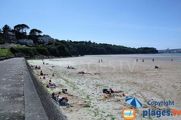 Promenade et plage Ris à Douarnenez